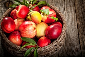 Fruit_Peaches_Wicker_495380